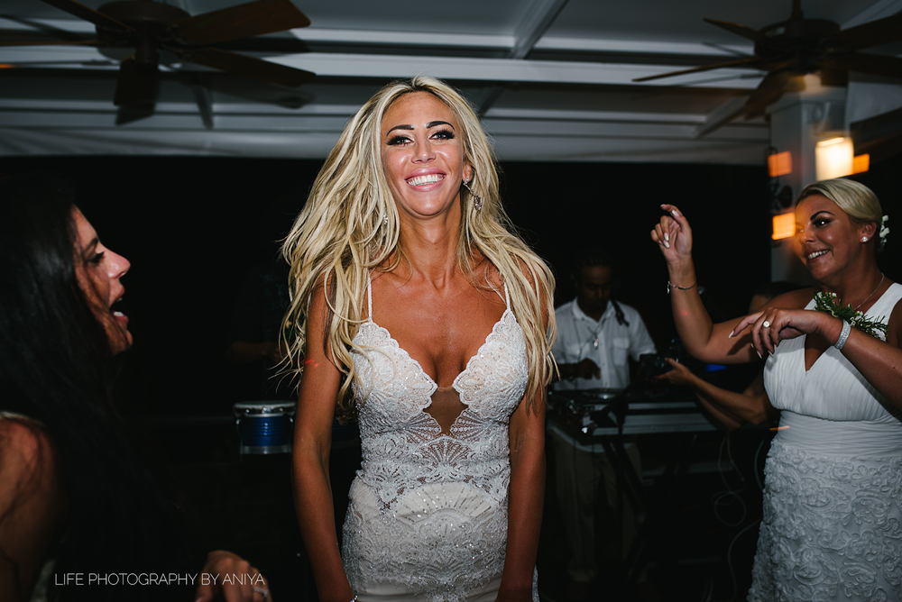 barbados-wedding-photography-Lonestar-Restaurant-km-212.png