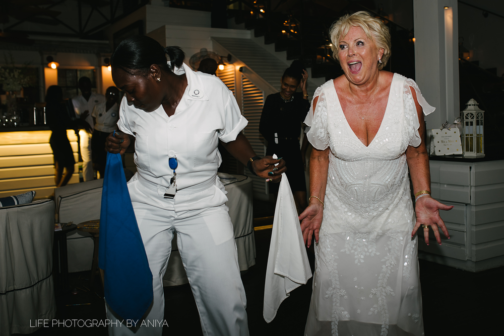 barbados-wedding-photography-Lonestar-Restaurant-km-215.png