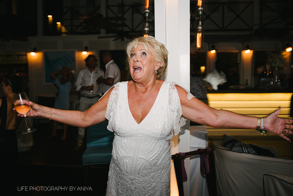 barbados-wedding-photography-Lonestar-Restaurant-km-218.png