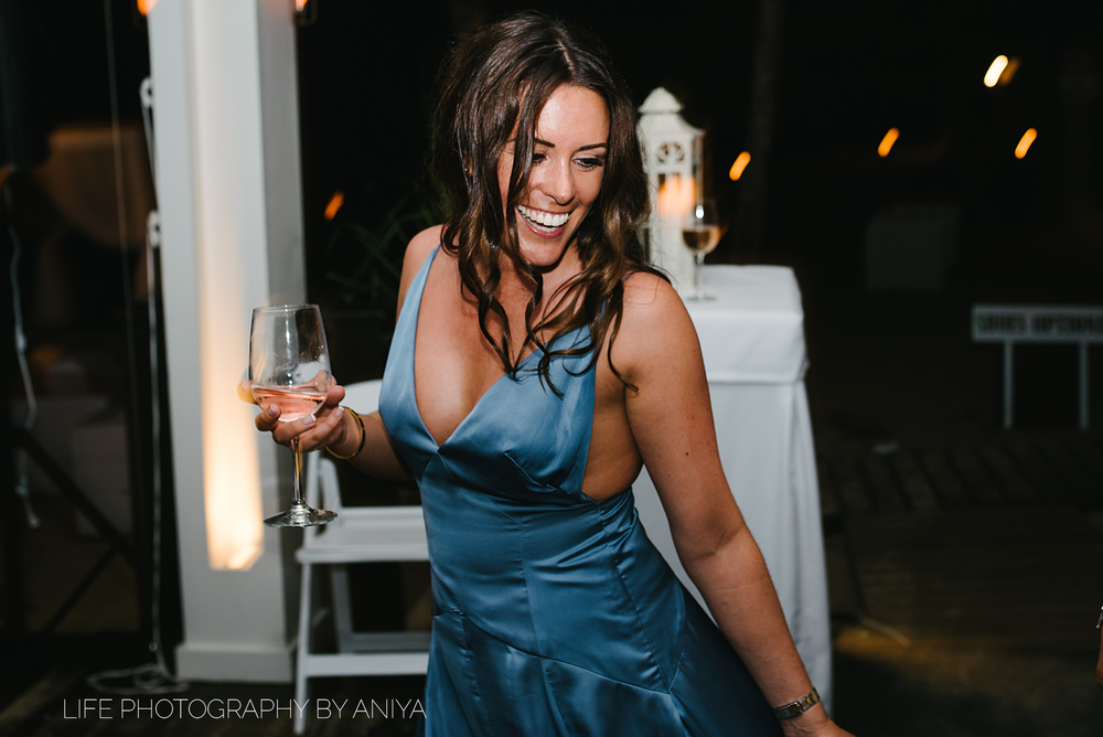 barbados-wedding-photography-Lonestar-Restaurant-km-230.png