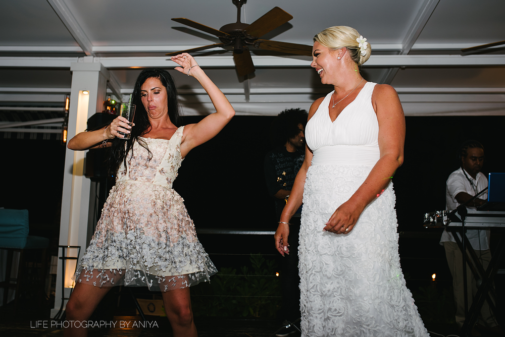 barbados-wedding-photography-Lonestar-Restaurant-km-239.png