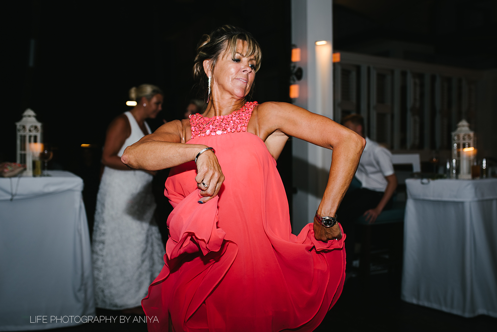 barbados-wedding-photography-Lonestar-Restaurant-km-246.png