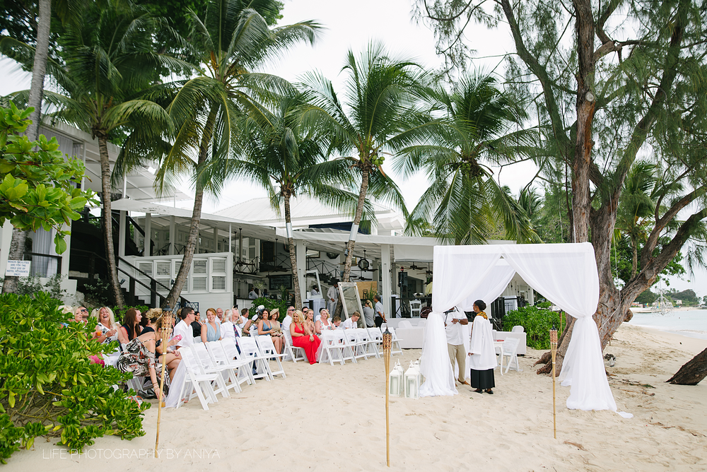 barbados-wedding-photography-Lonestar-Restaurant-km-273.png