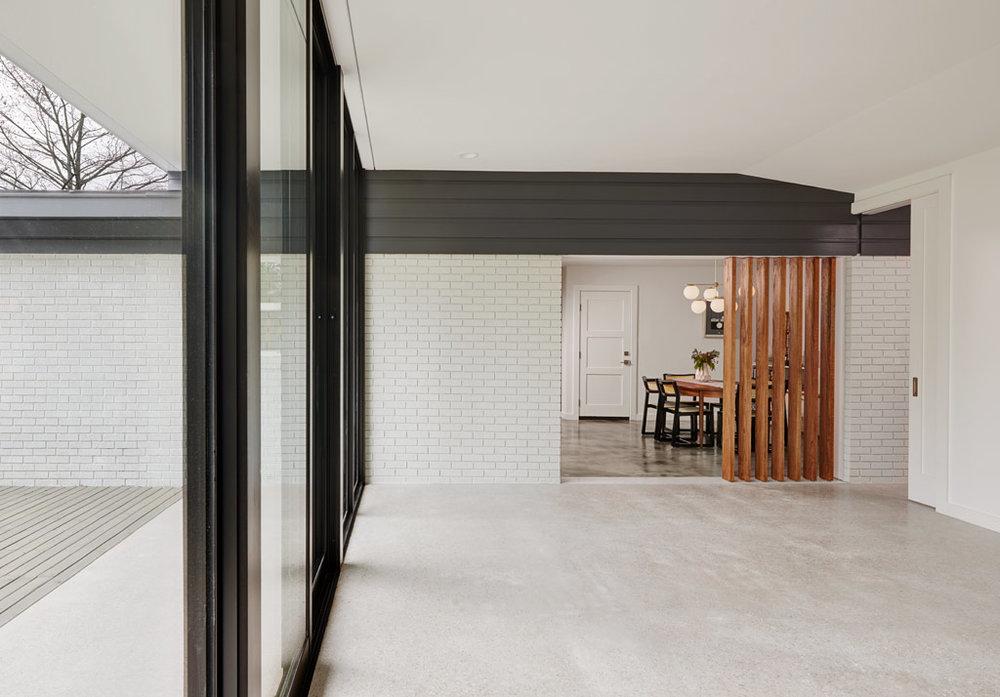 interior-den-2_1024px-low-res.jpg