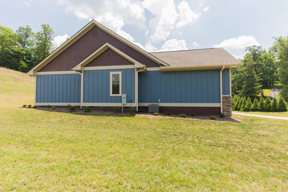 97 Israel Rd Leicester NC-MLS_Size-074-11-Side View of Home-3000x2000-72dpi.jpg
