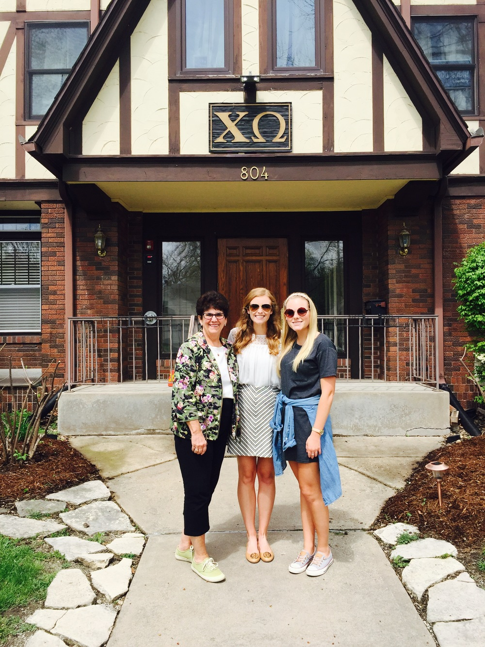 Chi-Omega-Mother's-Day-iowa-ms-anne 2.jpg