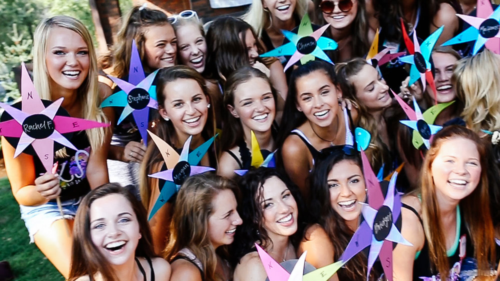 sorority-recruitment-chi-omega-iowa-bid-day-explore