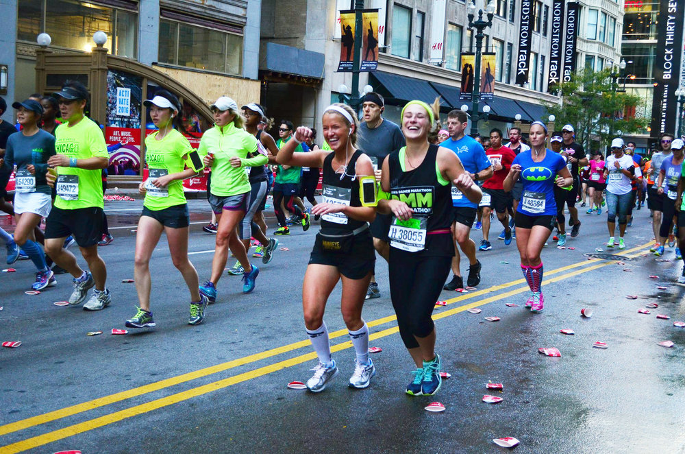 alex-griffin-alexandria-seavey-run-chicago-marathon-iowa-chi-omega-ftk