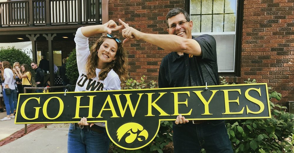 dads_day_iowa_chi_omega_go_hawkeyes.jpeg