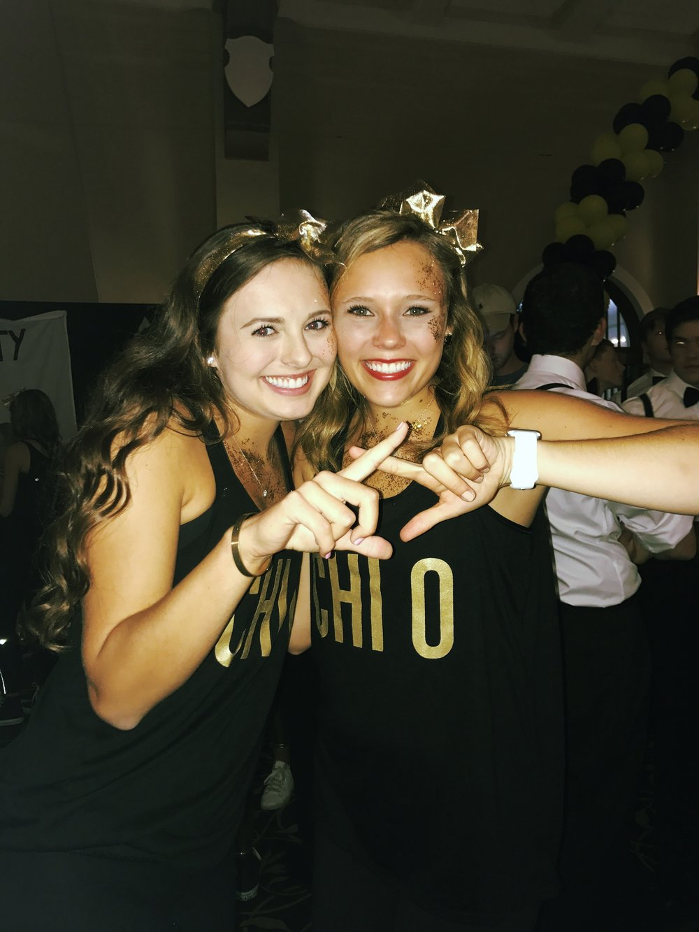 iowa_shout_homecoming_throw_chi_omega.jpeg