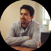 Dank Zenjob hat Cristian schon im Frühstücksservice, im Restaurant, bei einem Event und als Promoter ausgeholfen.