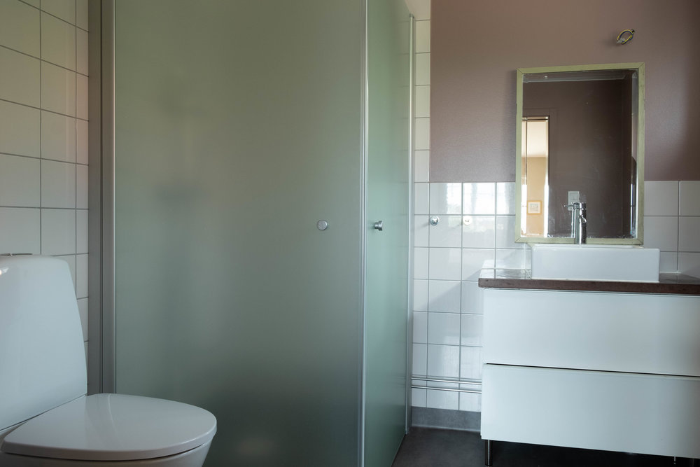 badrum anslutning till sovrum 1.jpg