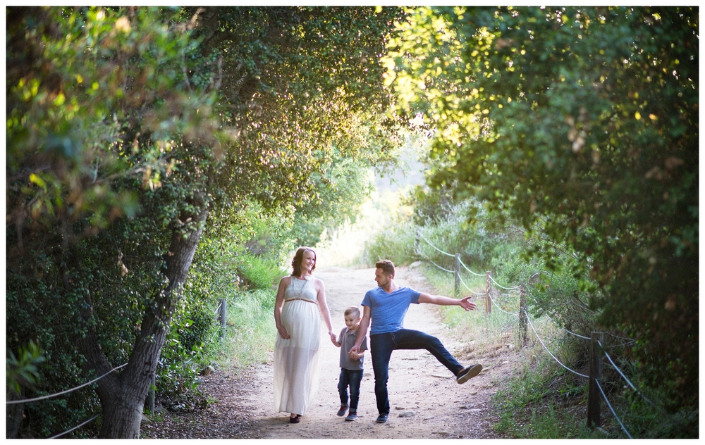 Be Still Photography | Family Portraits | Elfin Forest Portraits