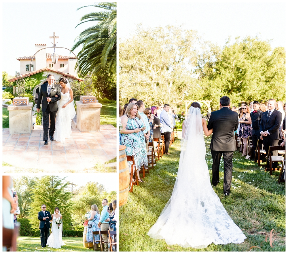 San Diego Wedding Photographer | Ernie & Fiona Photography | Bride | Walking down the aisle