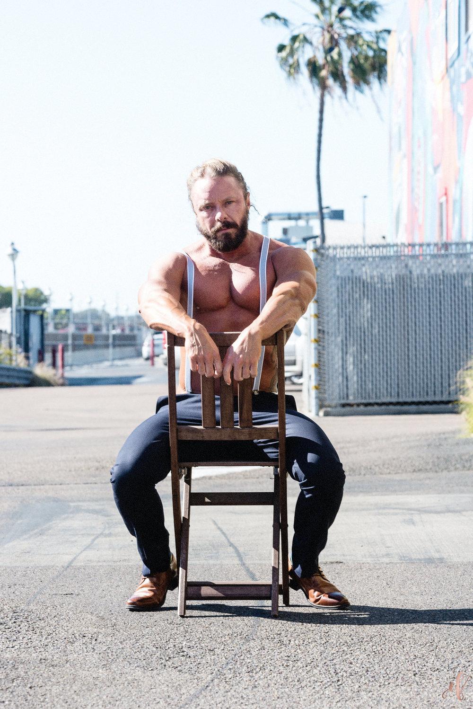San Diego Portrait Photographer | Social Media Marketing | CaliThor