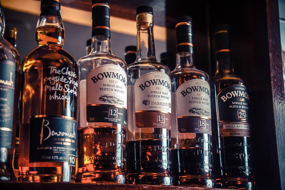 whiskyfront1.jpg
