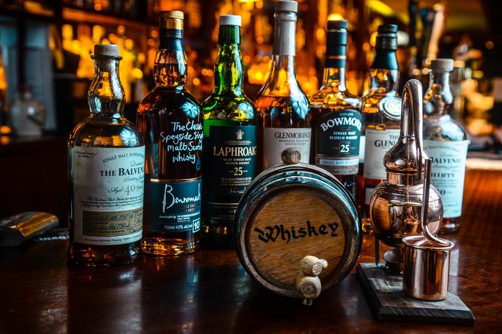 whiskyfront2.jpg