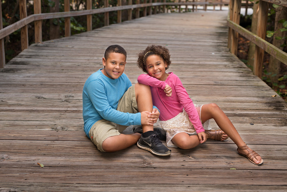 alissa-delucca-photography-boca-raton-photographer-sibling-session-brother-sister-boardwalk.jpg