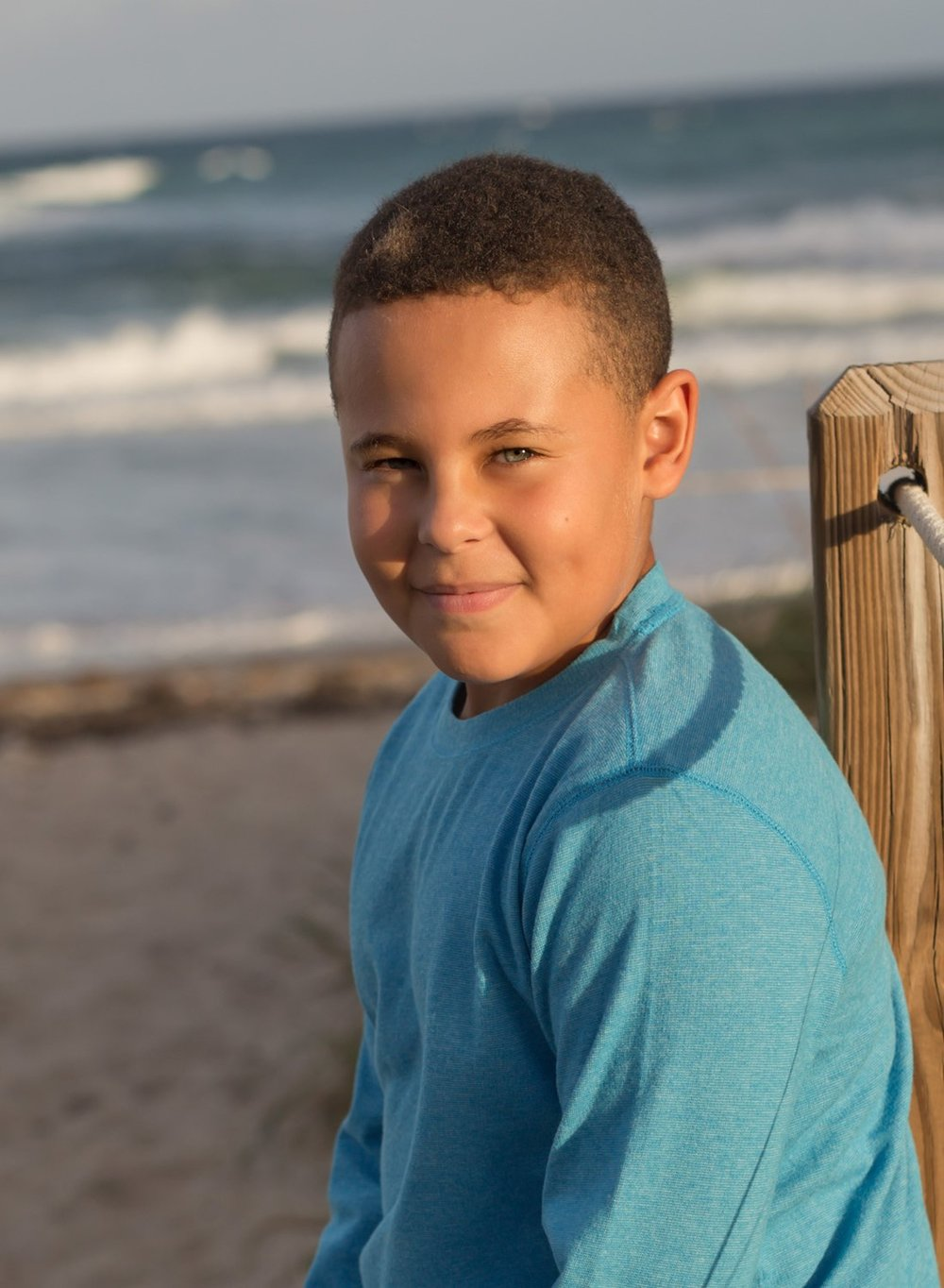 alissa-delucca-photography-boca-raton-photographer-sibling-session-handsome-head-shot.jpg