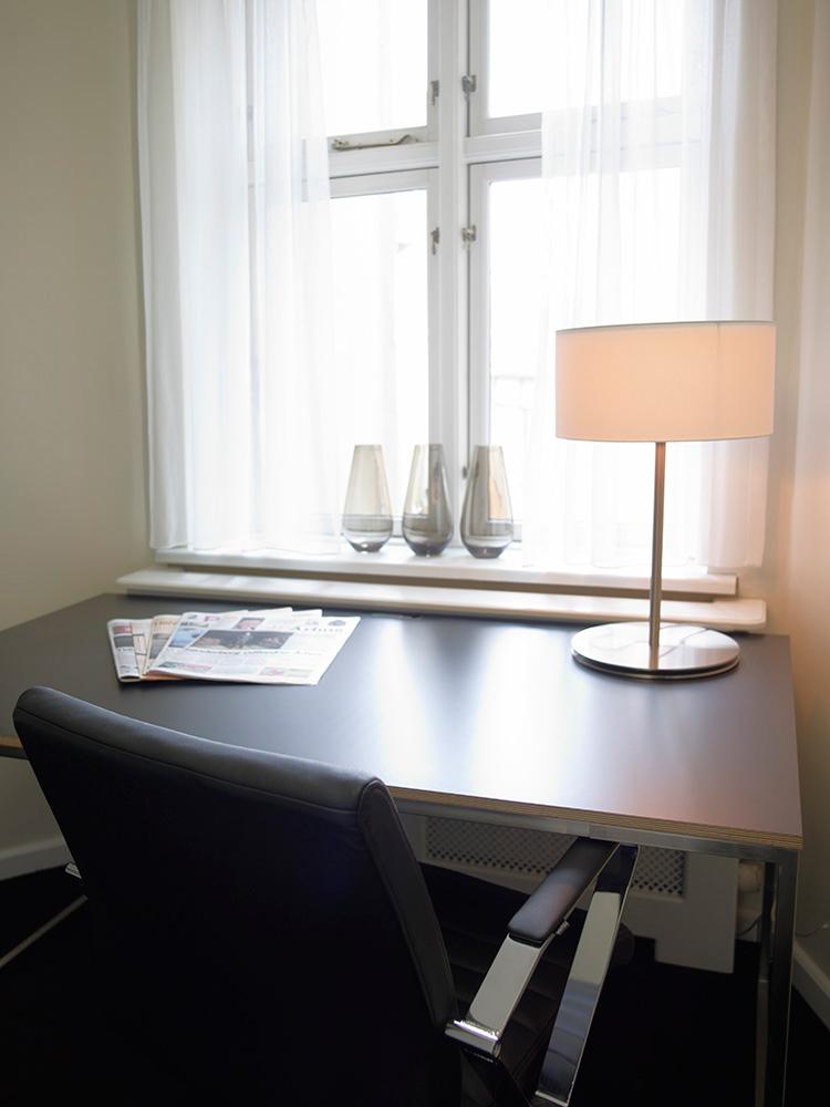 Suite_skrivebord(h).jpg