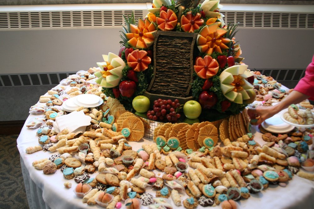 A cookie table for your wedding