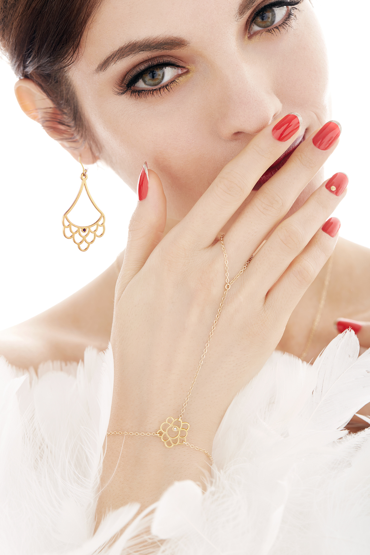 OndreaBarbe_Virginie_Jewelery_Scallop_Model_170.jpg