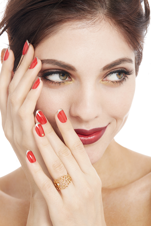 OndreaBarbe_Virginie_Jewelery_Scallop_Model_050.jpg