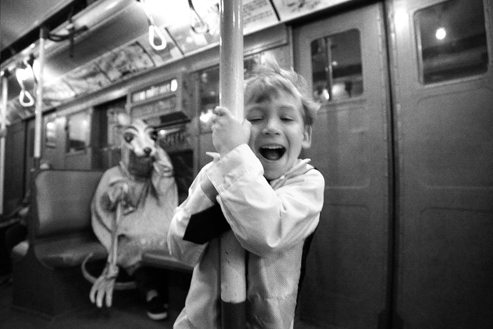 ondrea barbe subway1.jpg
