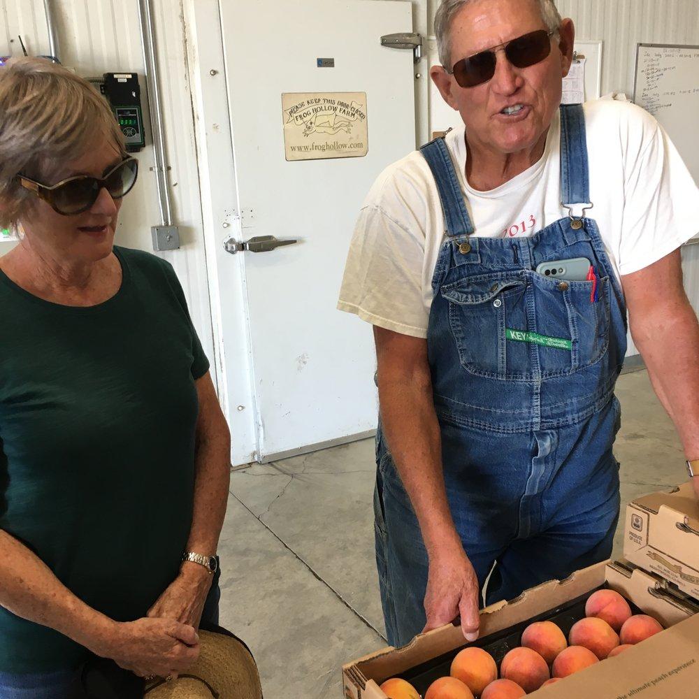Mom and Farmer Al talkin O'Henry vs Zee Lady peaches