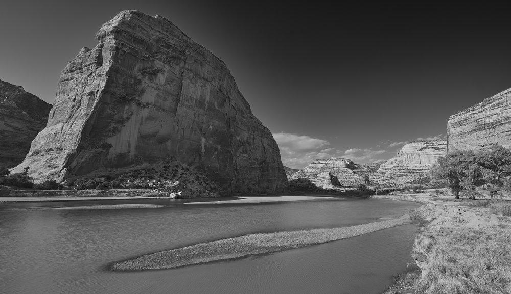 echo rock sandbar5.jpg