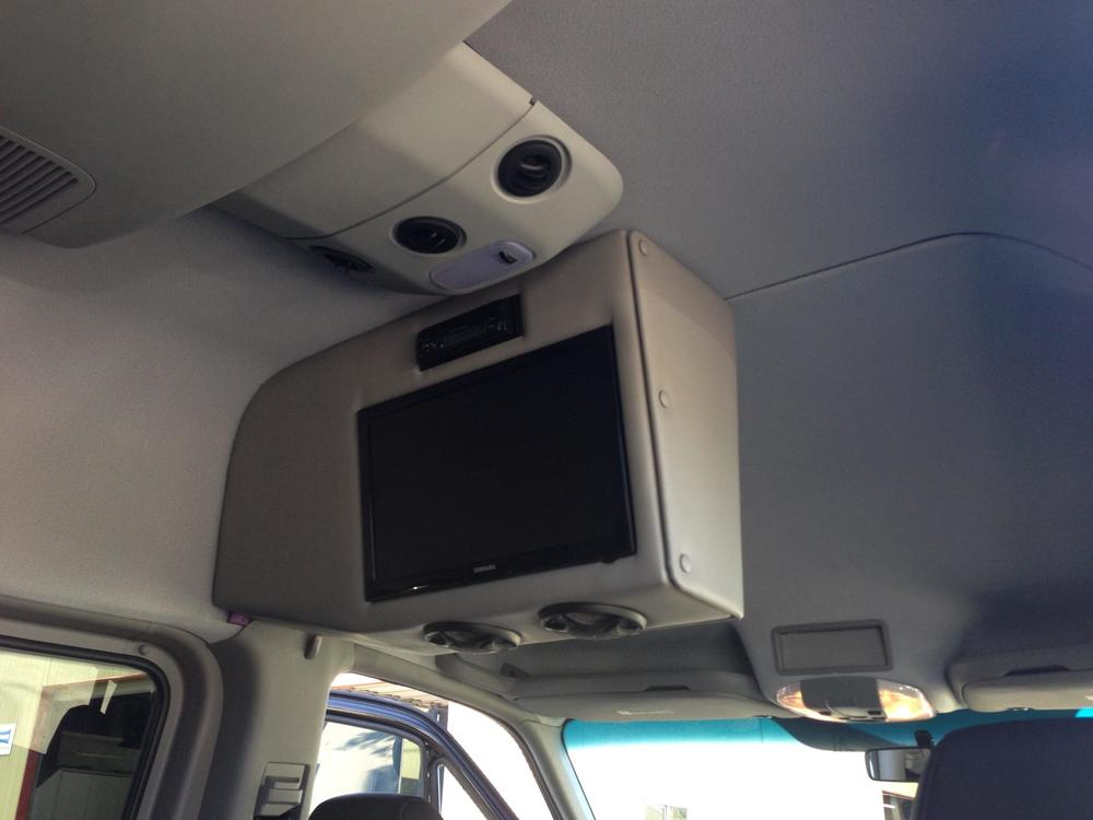 Mercedes Sprinter - Entertainment Center