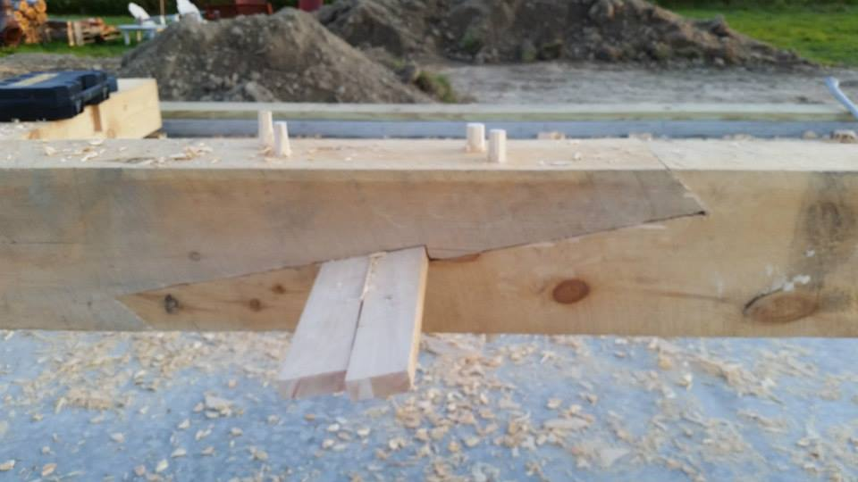Scarf joint with temporary pine wedges