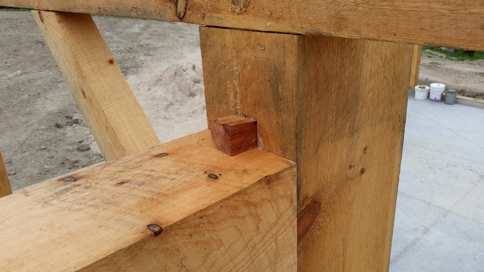 Finished half wedged dovetail joint with wedge