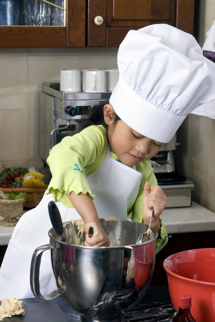 child-2Bcooking-200x3001.jpg