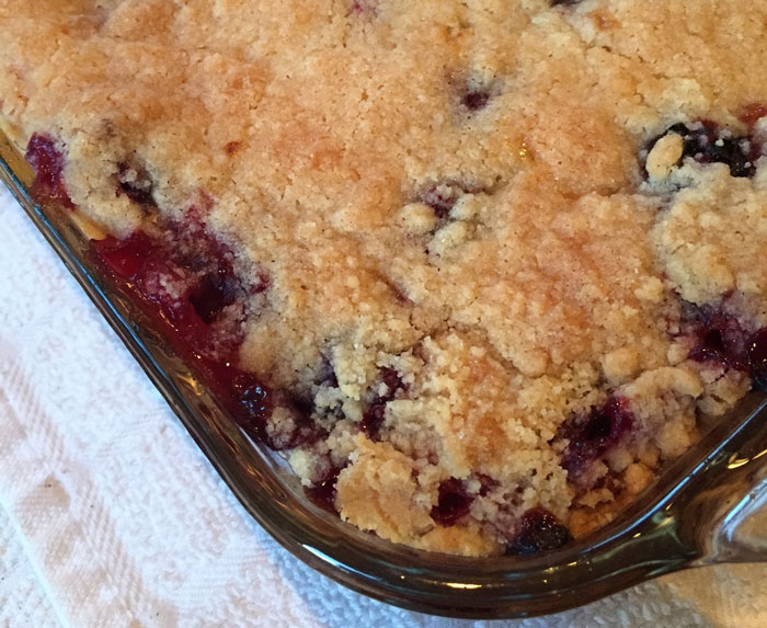 Homemade Blackberry Cobbler