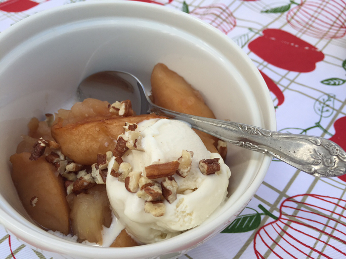 Slow-Cooker Vanilla Apples
