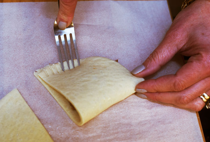 Crimping-With-A-Fork