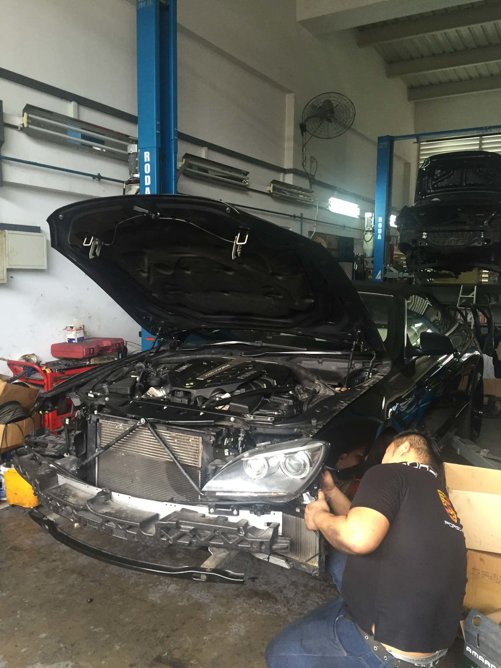 BMW 650i Car Repair