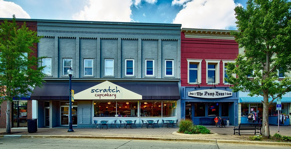 "The Scratch Cupcakery on Main Street in Cedar Rapids, Iowa. 58% of local businesses in Iowa are ""very optimistic"" about business prospects in 2017."