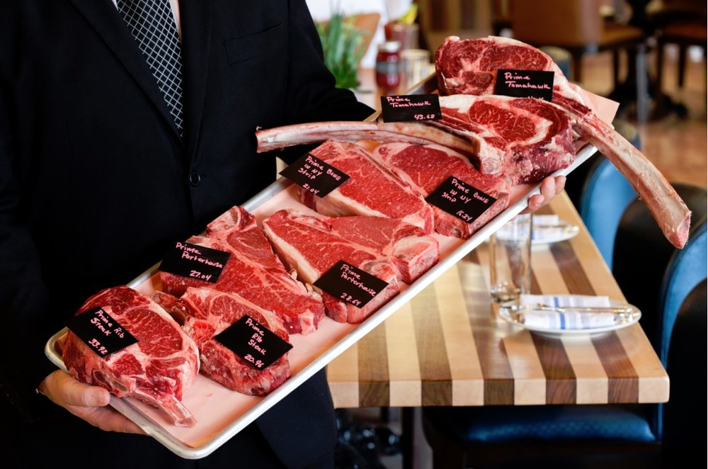Echo & Rig is a favorite spot in Las Vegas for a great dining experience or to purchase premium cuts of beef.