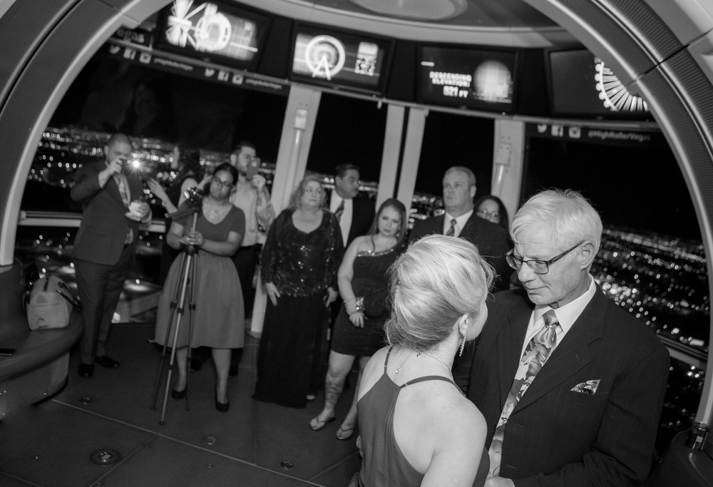 First Dance on the High Roller Wedding Chapel in the Sky