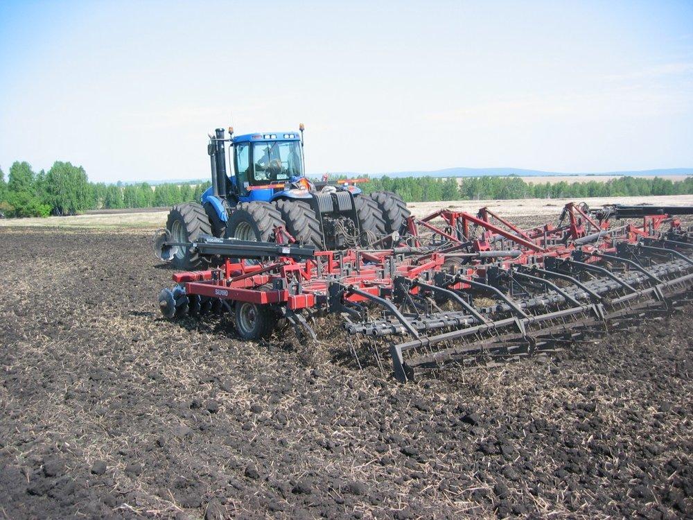 699-cultivator 5.jpg