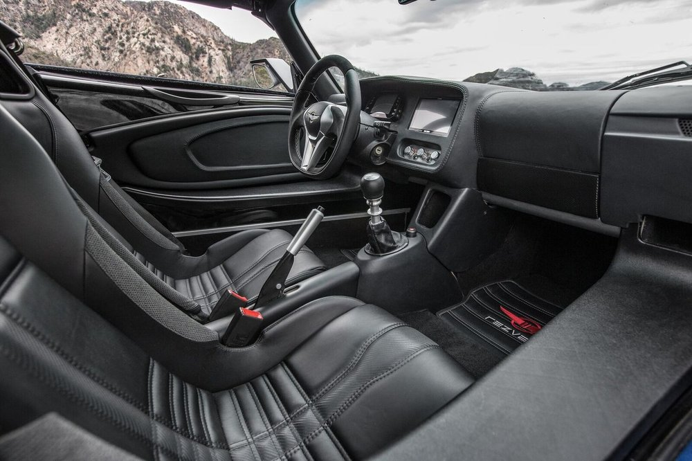 rezvani+beast+alpha+interior+picture.jpeg