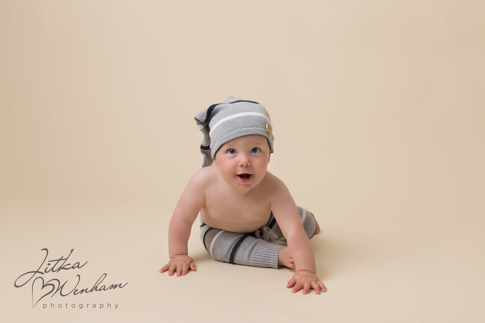 Newborn photography children baby milton keynes cake smash 1