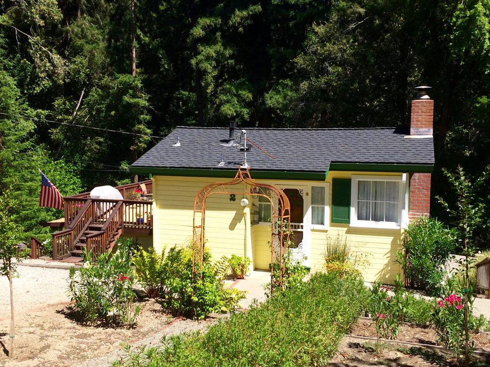 Painting Sunshine Cottage 14, 7-9-16.jpg