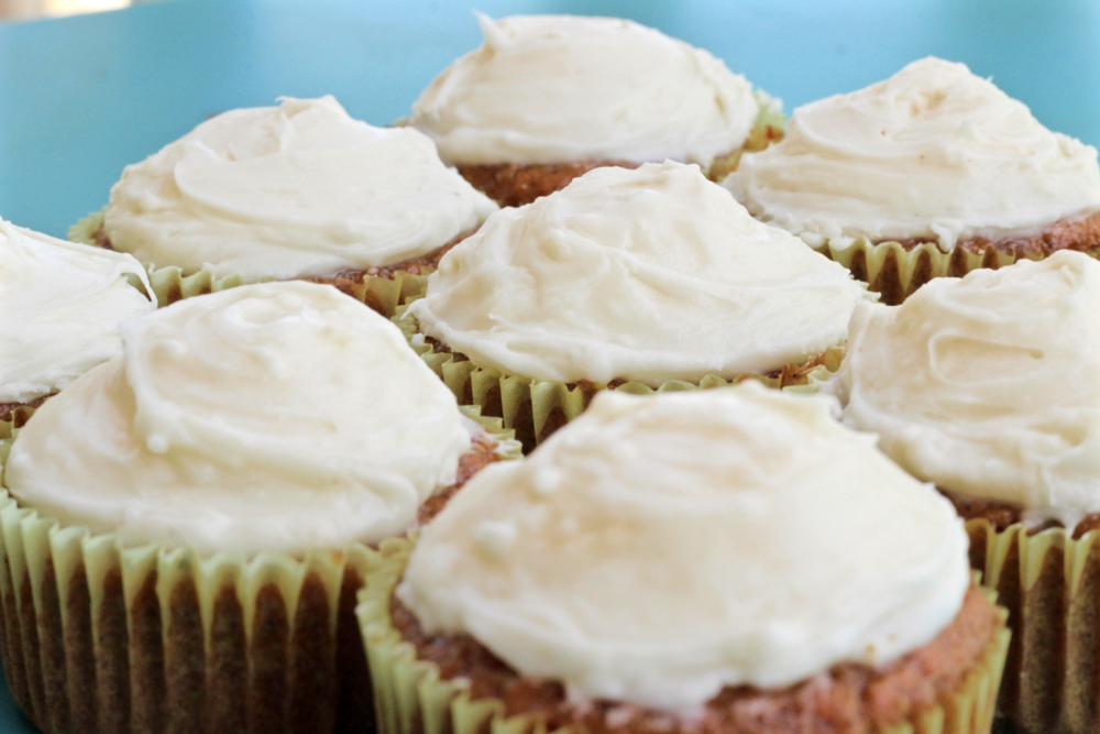 carrot cake cupcakes and cream cheese frosting