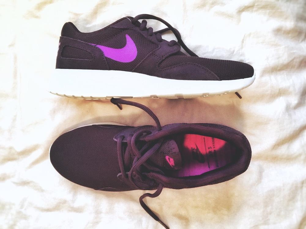 purple nikes