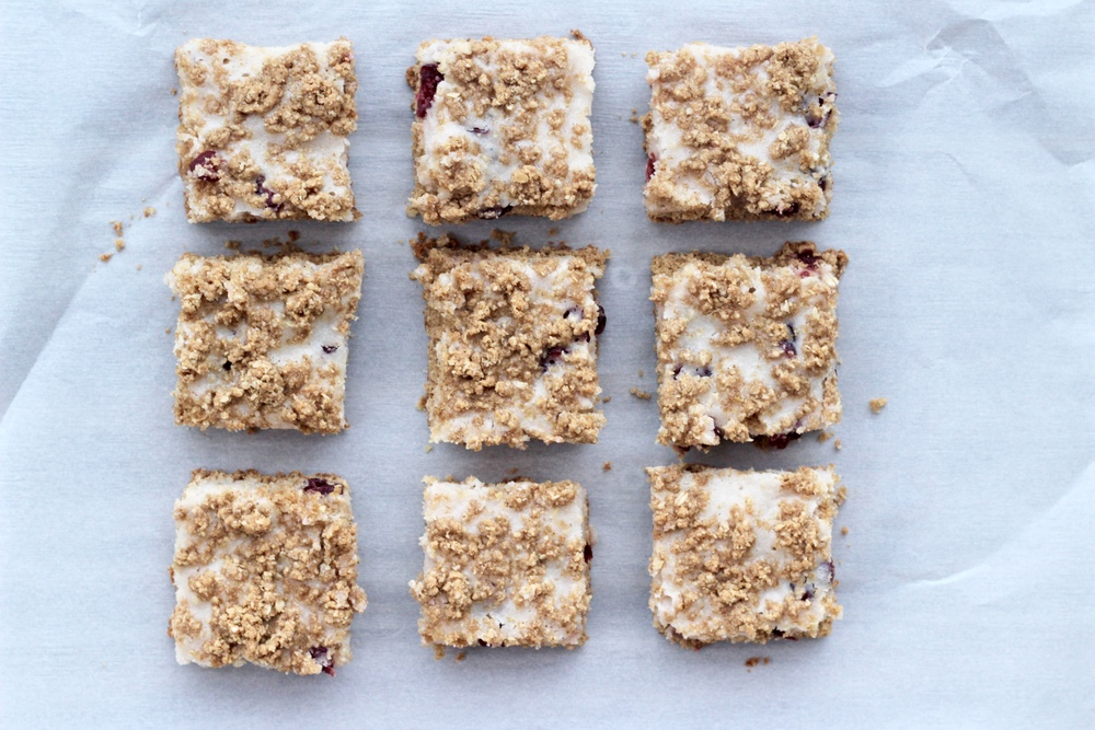 Strawberry Oatmeal Yogurt Bars
