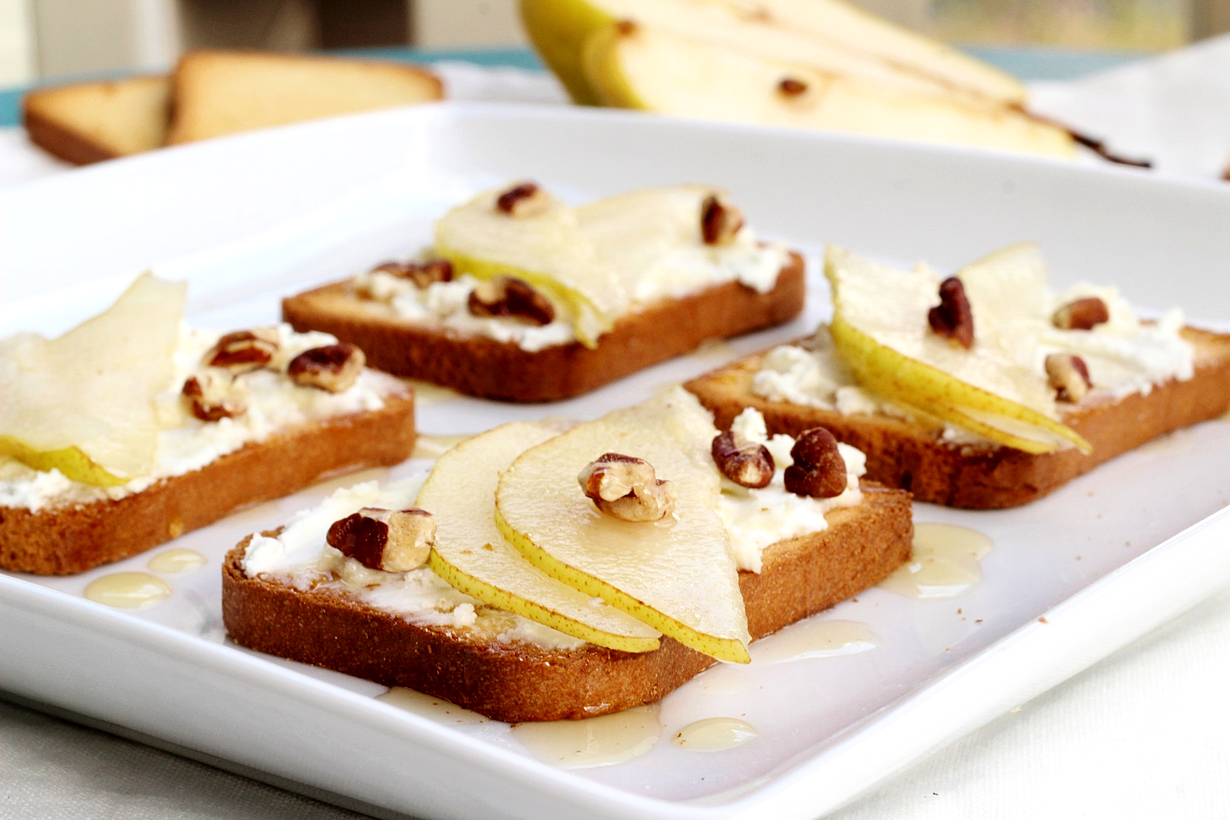 Bartlett Pear, Goat Cheese and Honey Pecan Crostini