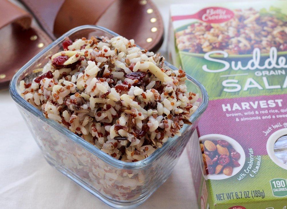 Quinoa almond cranberry summer pasta salad